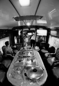 Nusantara車内風景2:御飯もあるよ!